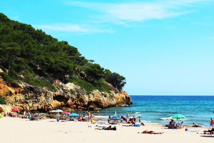 Alquilo habitacion playa la Mora - Camino de Ronda
