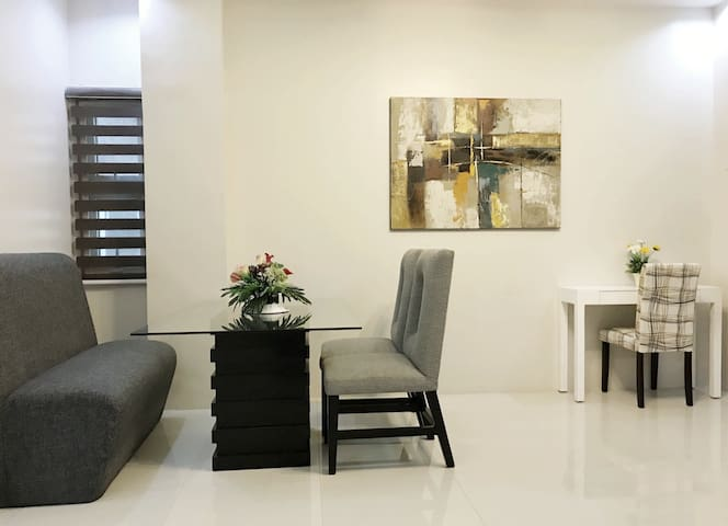 Spacious + Modern 2 Bedroom in Cebu City (Unit 2F)