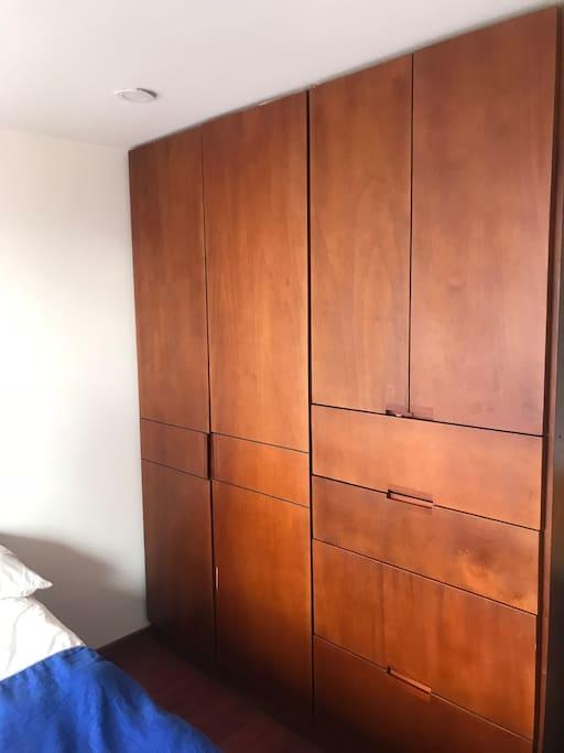 Closet habitación 1