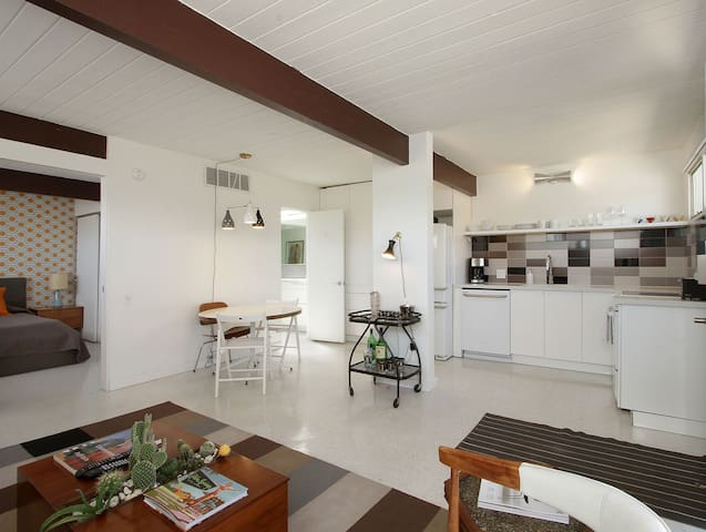The Grey Fox - Palm Springs - Appartement en résidence