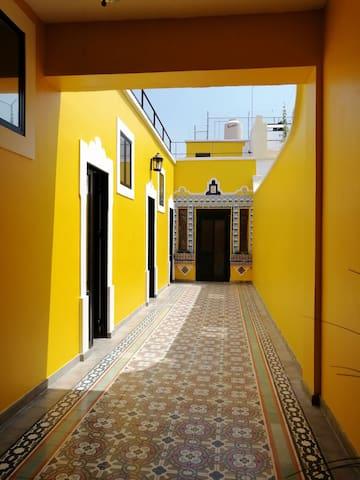 Casa Maracuyá en el Centro de Gdl.  (Habitación 3)
