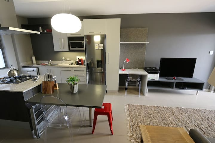 Serviced Executive Apartment in Silicone Valley - Sandton - Lakás
