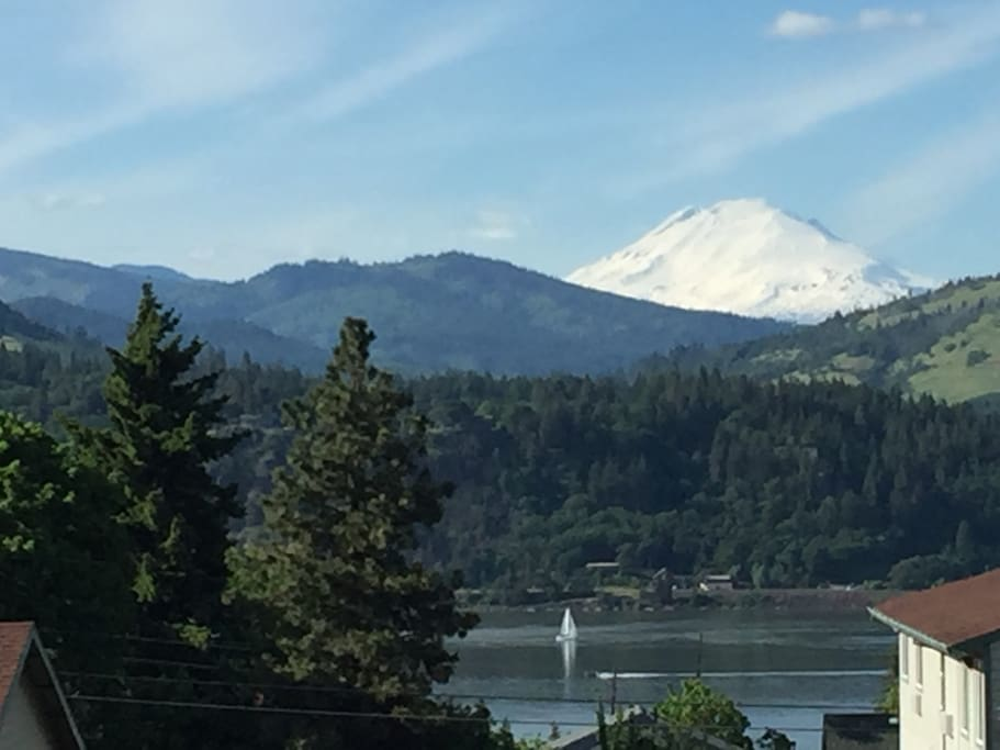 This is the beautiful view of Mt Adams and the Columbia River from the room