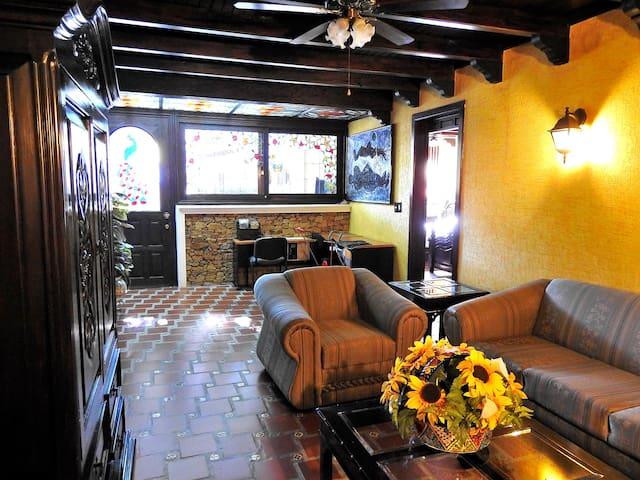 Sala de estar entre los bungalows #1 y #2