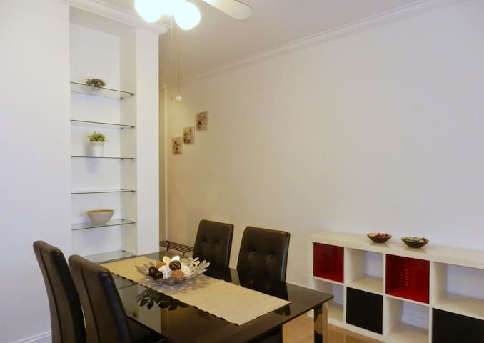 2 Bedroom Serviced Apartment near INSEAD, ESSEC