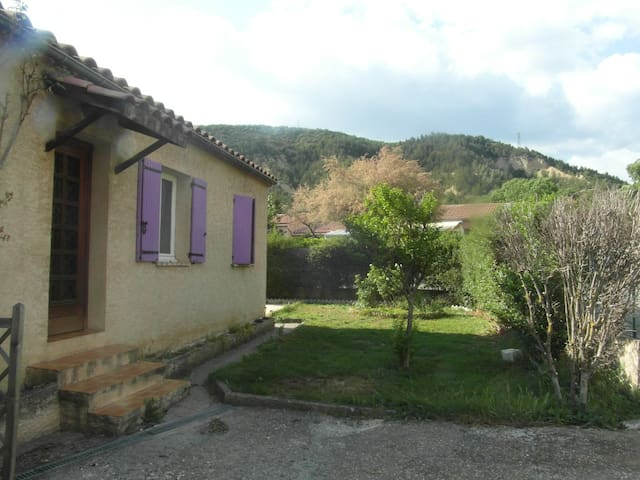 Belle maison de plein pied - Digne - Haus