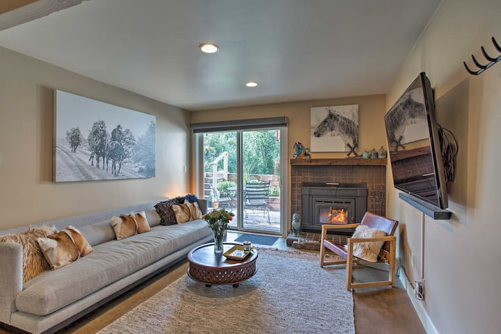 Condo at Beaver Creek Base - Walk to Lift/Shuttle!