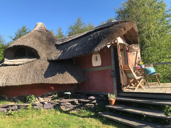 The Small Roundhouse .. relax in nature