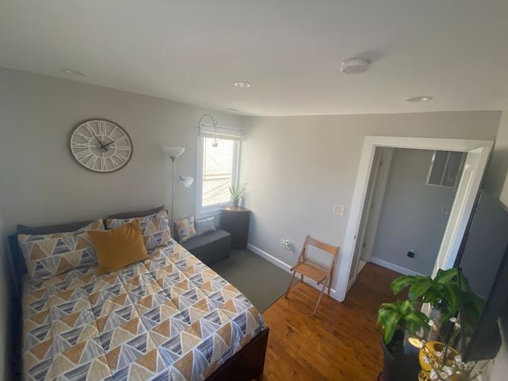 Private Room in Historic Anacostia