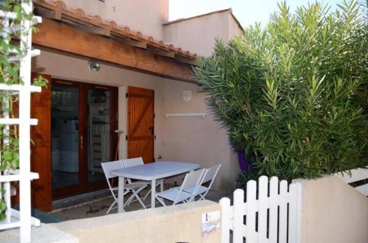 Pavillon 45 m2, 2 ch, terrasse - Narbonne - Casa de camp
