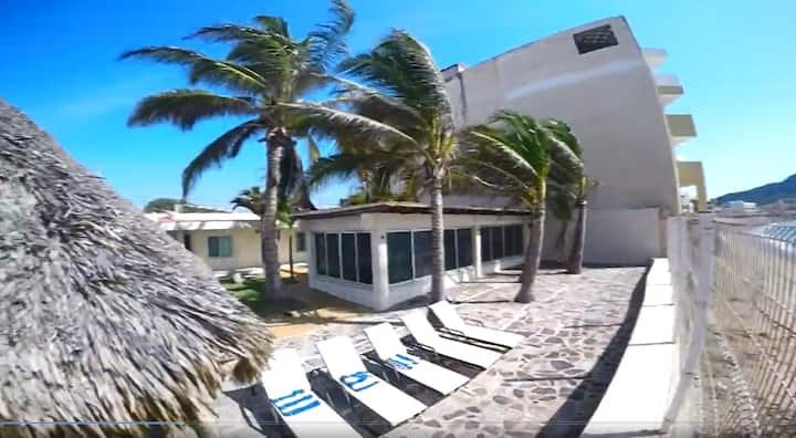 Perfect Getaway Beachfront Villa in Barra  Navidad