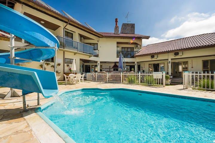 Pousada Lozalti até 45 pessoas 11 quartos piscina