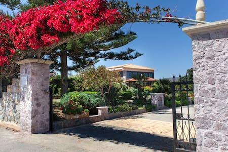 Villa Antikleia - Anissaras
