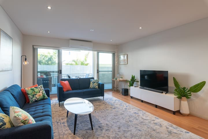 Newport beach luxury apartment