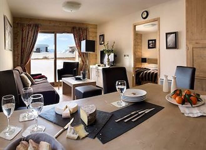 2 Bed Luxury Apartment with spa - Tignes - Apartment