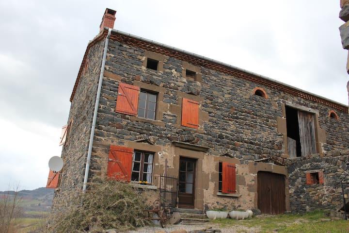 Maison en pierre à la campagne - Siaugues-Sainte-Marie - Rumah