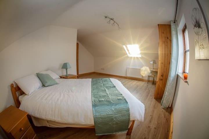 Comfortable room in Ballycroy