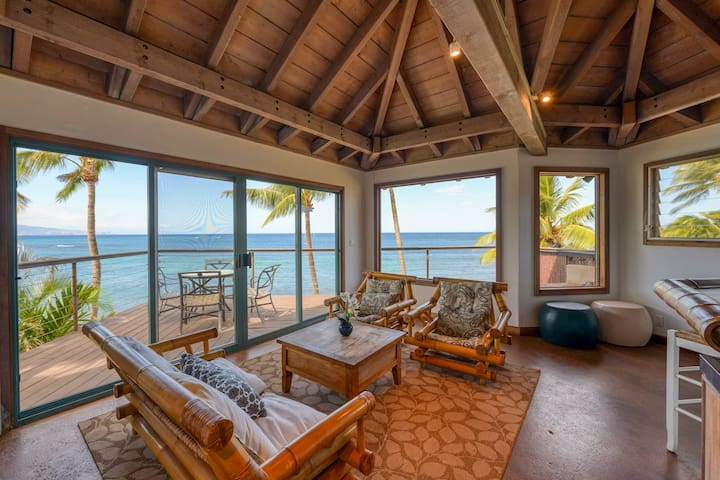 Spectacular Oceanfront Retreat in Paia with Pool