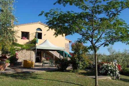 Panoramic holiday house in Mugello, 6 pax - Rufina - Hus