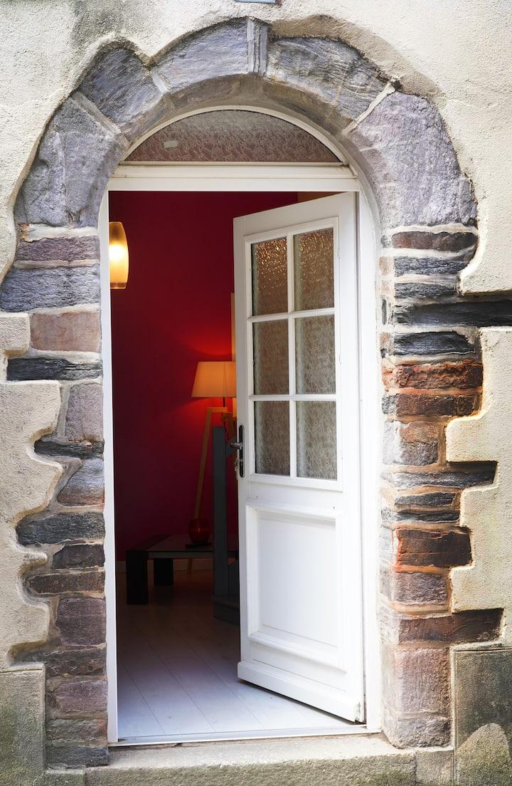 Agréable petite maison quartier historique