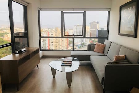 Amazing view, in heart of Miraflores - ALL NEW!!!