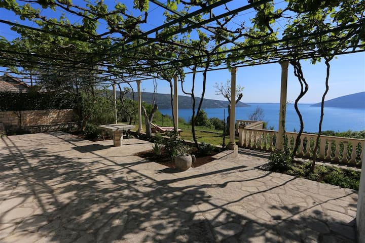 Old house with the breathtaking views of Boka Bay