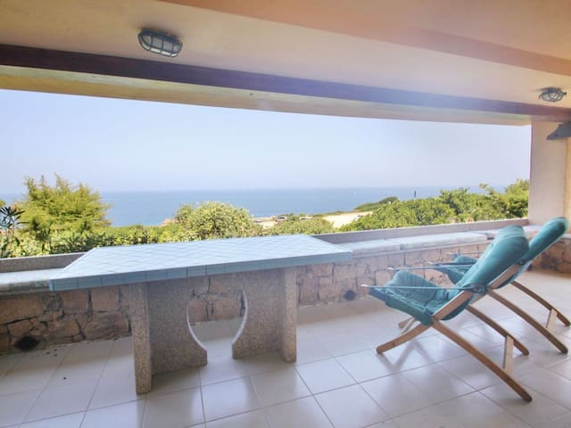 Villa Bruna, sea view, 6 minutes from the sea