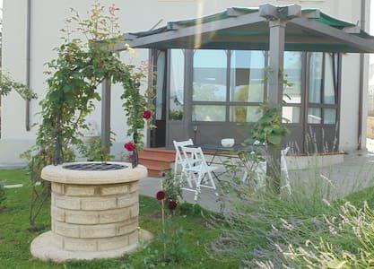 B&B Villino Liberty - una finestra sul Casentino - Bibbiena - Rumah