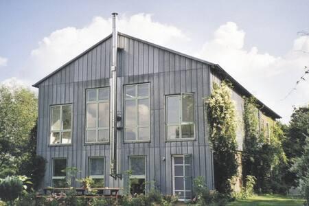 Atelier und Loft für Retreat/Künstlerische Arbeit - Uelvesbüll