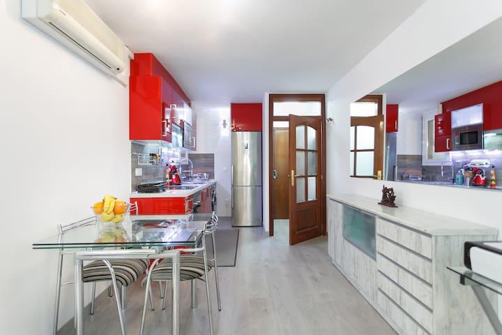 Modern Flat, close Airport & Centre - L'Hospitalet de Llobregat - Apartment