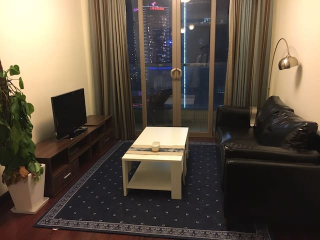 虹桥古北高端社区 御翠豪庭舒适宽敞一室一厅