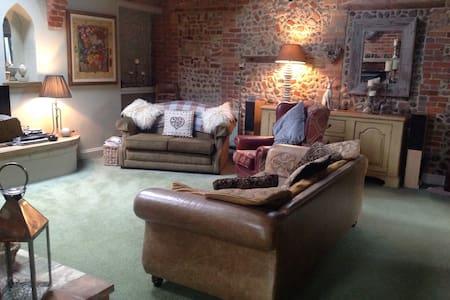 Loft conversion bedroom en-suite - Casa