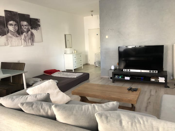 Great apartment in the Old north / Tel Aviv center