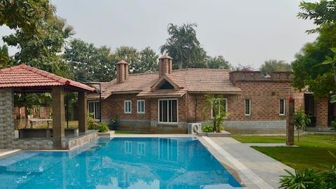 SimBliss Farmhouse with Pool near Delhi & Gurgaon