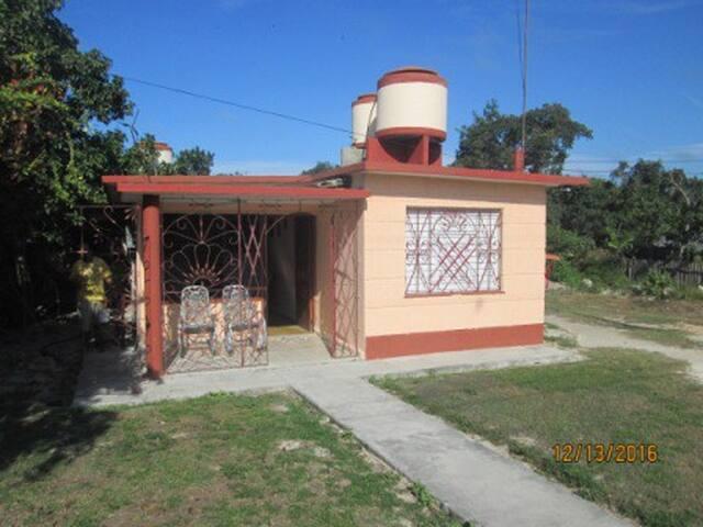 Hostal Xiomara & Mario - Habitación - 1 - CU - Huis