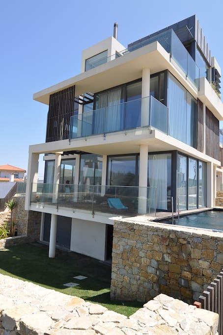 A unique, architect designed private villa