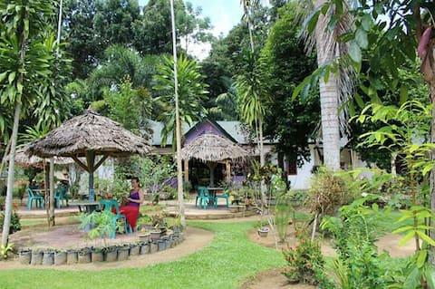 Wisma Batu Mandi ( with view jungle and river)