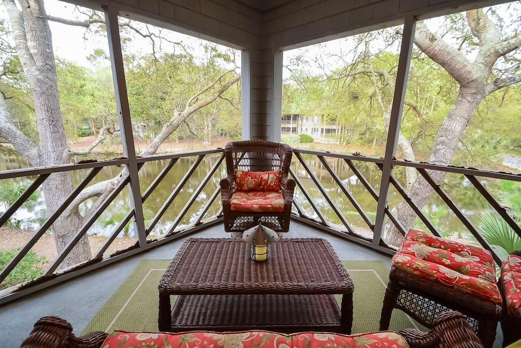 Chair,Furniture,Deck,Porch,Balcony