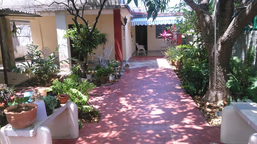 CASITA D' COJIMAR...Feel like home