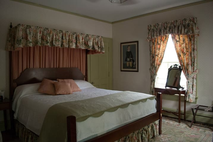 Potomac - Colonial Capital Bed & Breakfast