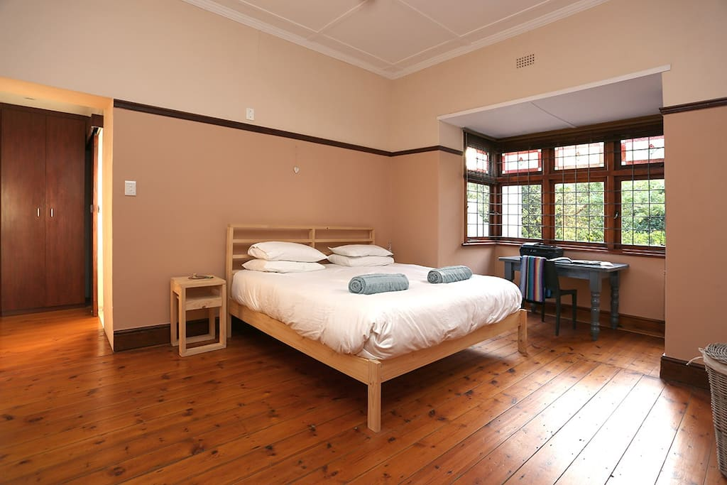 Main bedroom with king bed, duck down duvet and Egyptian cotton. Bathroom ensuite