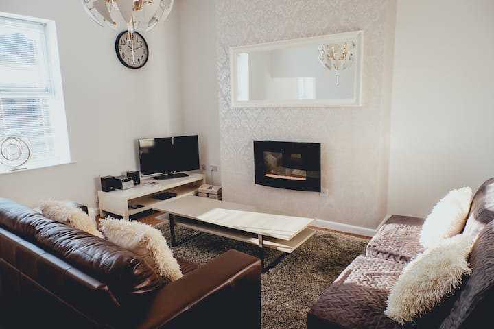 The Penthouse – Simple2let Serviced Apartments