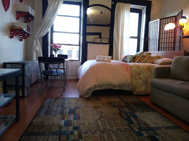 Entire place in bedstuy mins to downtown manhattan - Brooklyn - Departamento