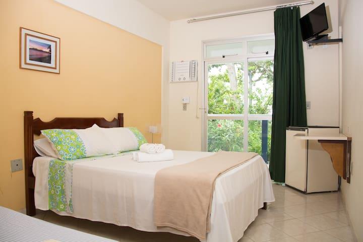 Suite Casal Standard, com varanda térrea.