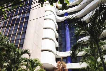 Flat Atlantic Towers  localizado em Ondina/Barra. - Salvador - Serviced apartment