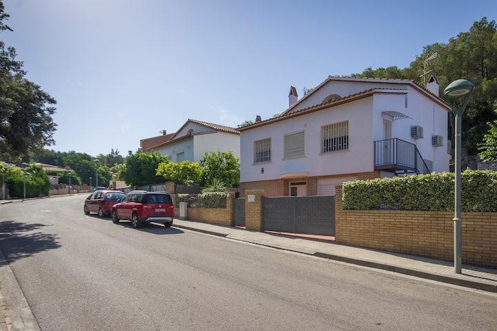 Casa en Playa de la Mora, tranquila y acogedora