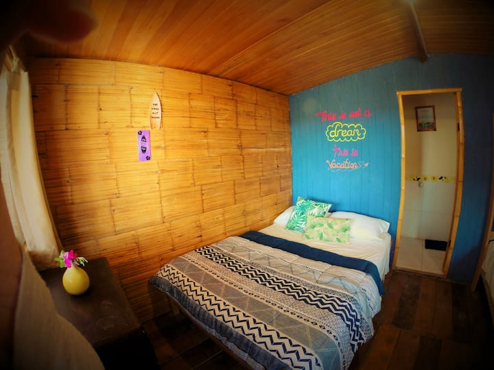 TALLAKI-PRIVATE CABIN FRONT LOBITOS SURF POINT