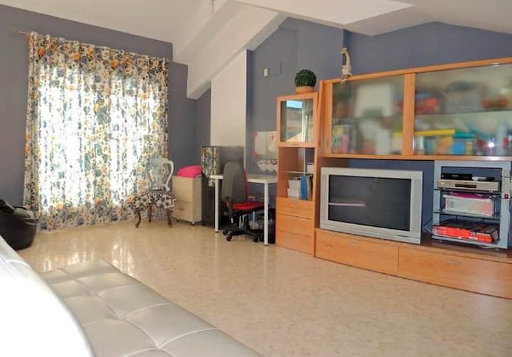 Apartamento En Salamanca convenient for rest