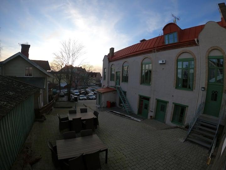 Lägenhet mitt i stan