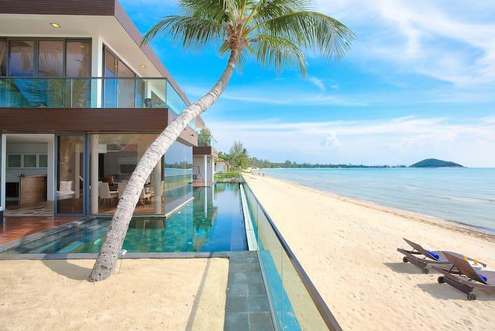Villa U - 1 Bed, Sleeps 2 Romantic Beach Sunsets